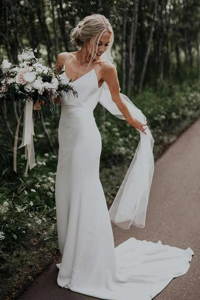 v-neckline-summer-bridal-dresses-with-textured-skirt