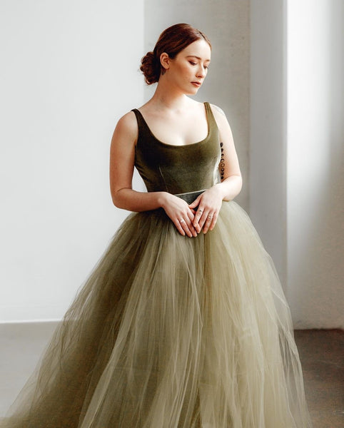 velvet-tank-top-prom-dresses-with-tulle-skirt-1