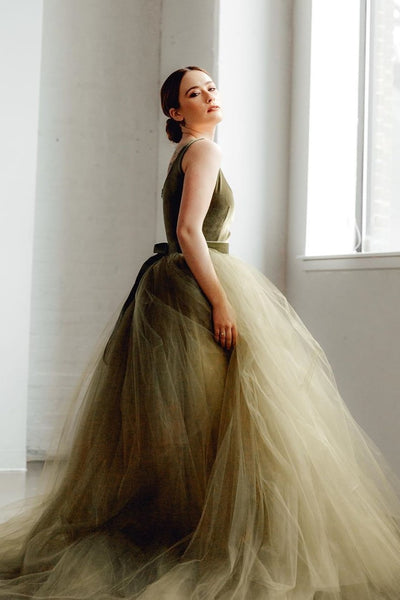 velvet-tank-top-prom-dresses-with-tulle-skirt