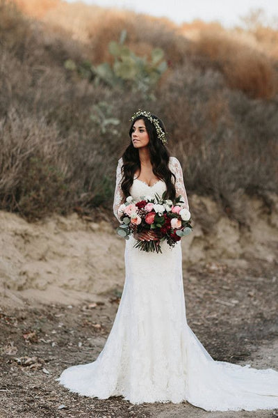 Vintage-inspired Lace Long Sleeves Wedding Dresses with V-neckline
