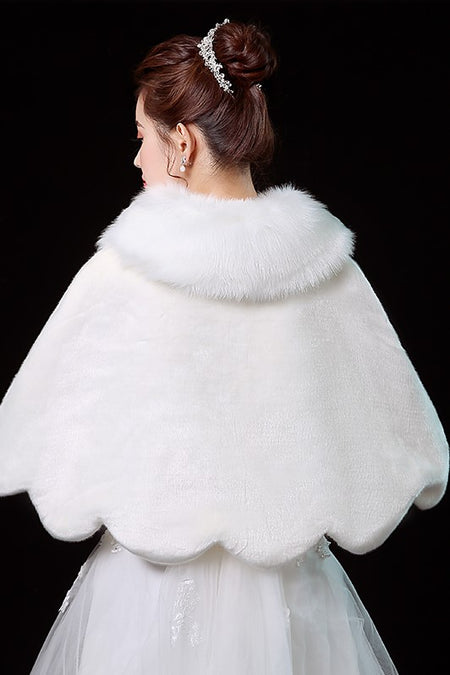 Faux Fur Bridal Wrap Wedding Coat with Long Sleeves
