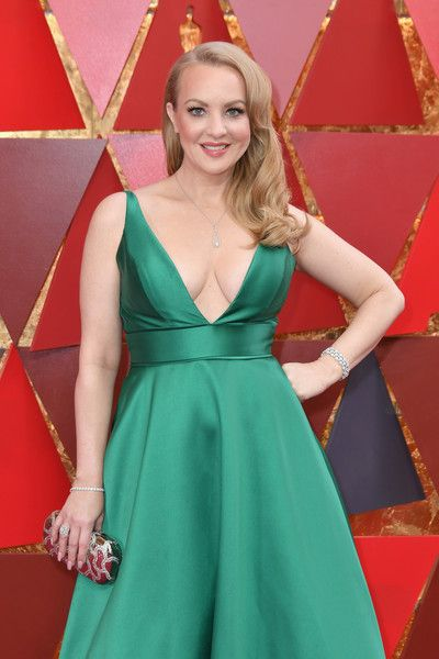 wendi-mclendon-covey-green-satin-dress