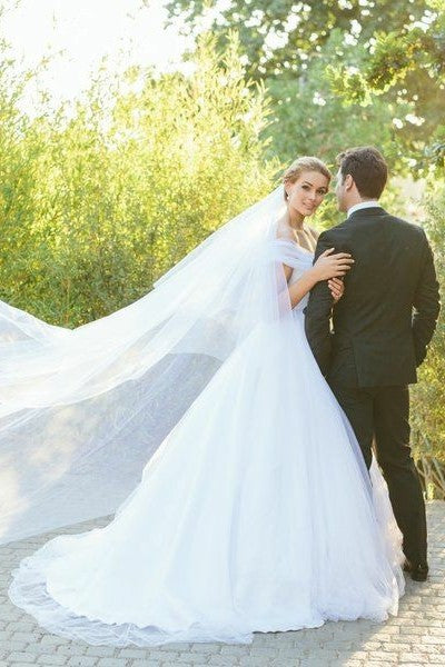 white-tulle-a-line-wedding-dresses-off-the-shoulder-4