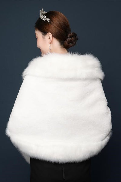 winter-wedding-coat-bridal-shrug-fur-jacket-wrap-1