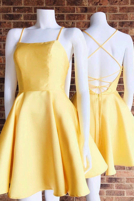 V-neckline Yellow Homecoming Dresses Short Satin Skirt