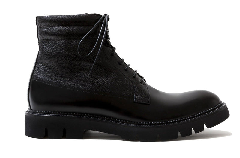 (NEW) CARMEL BLACK LEATHER