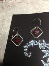 Load image into Gallery viewer, Sterling Silver Swarovski Cube Earrings