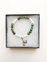 Load image into Gallery viewer, Dove Charm Aromatherapy Diffuser Bracelet