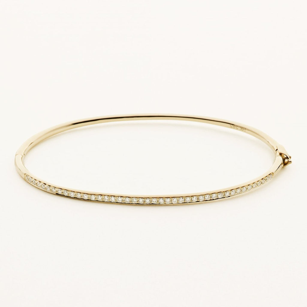 DIAMOND BANGLE - 18 karat gold