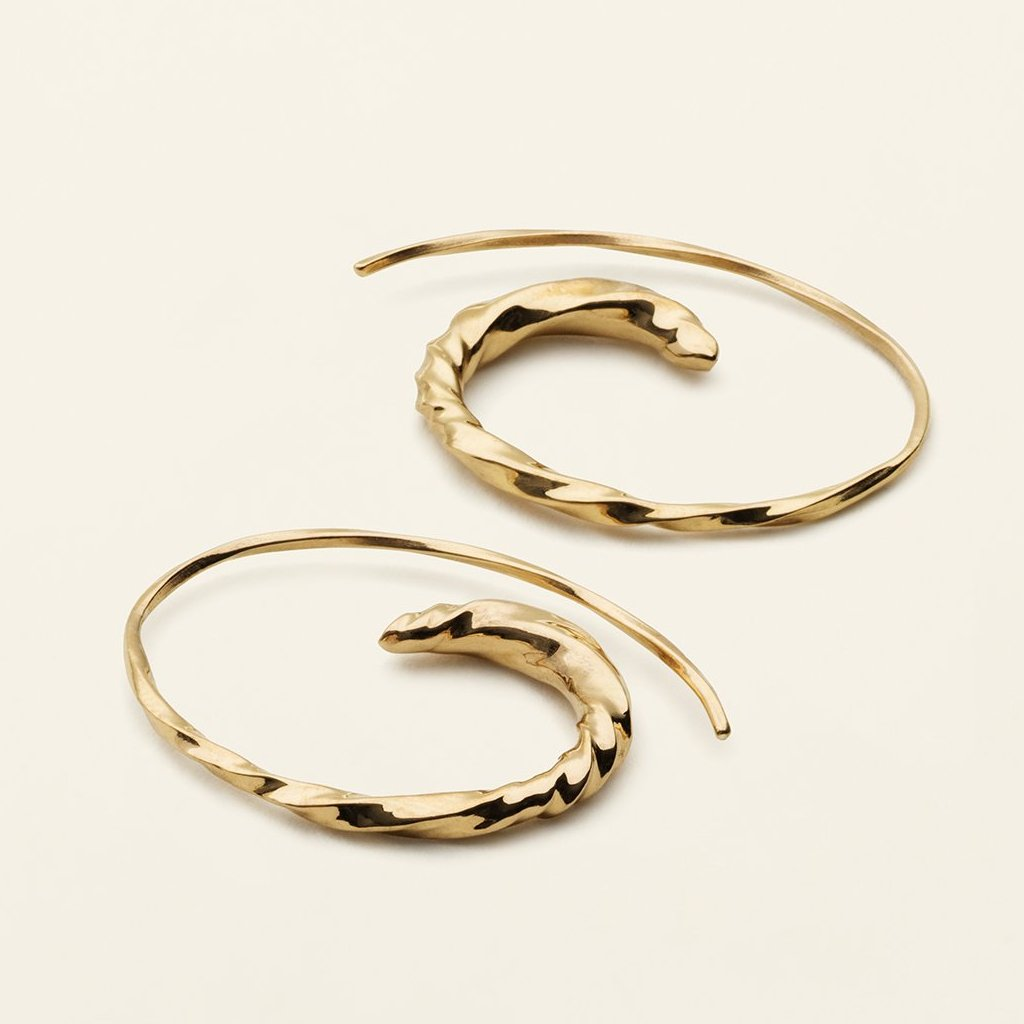 SMALL FLOW ASYMMETRIC HOOPS - gold-plated silver