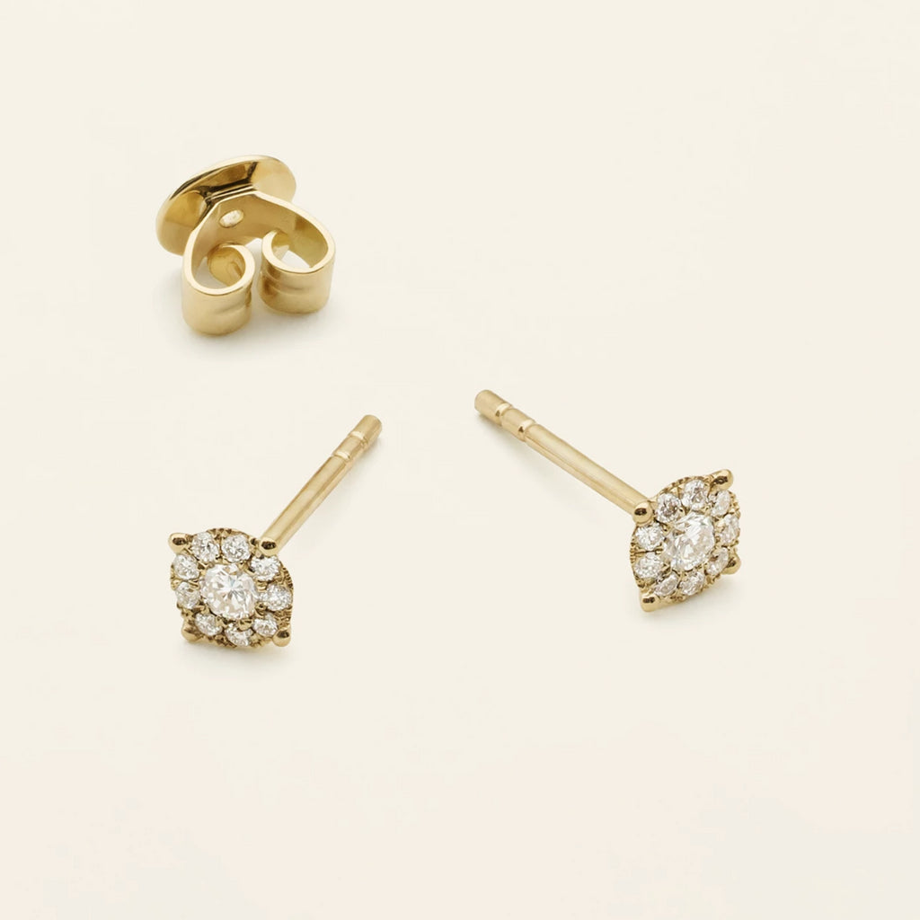 DIAMOND EARSTICK - 18 karat gold