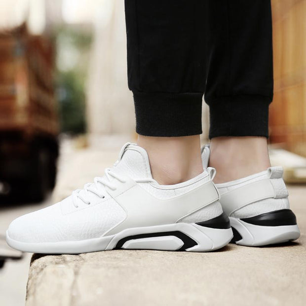 Men Spring Outdoor Light Comfortable Sneakers