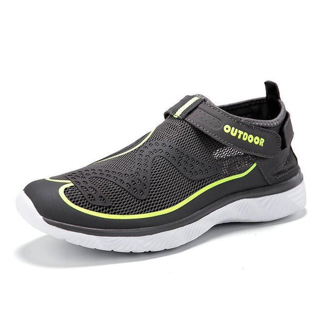 Men's Hollowed-out Waterproof Breathable Fashion Sneakers