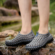 Men's outdoor casual hole shoes beach shoes breathable and comfortable