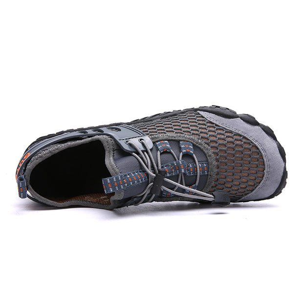 Men's large size outdoor wading shoes fabric is breathable leisure men's shoes sport climbing shoes