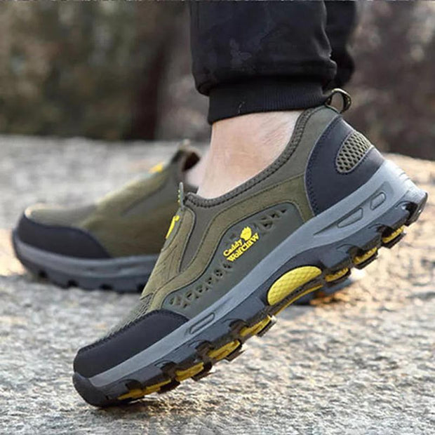 Men Anti-Collision Toe Lightweight Slip On Outdoor Hiking Sneakers