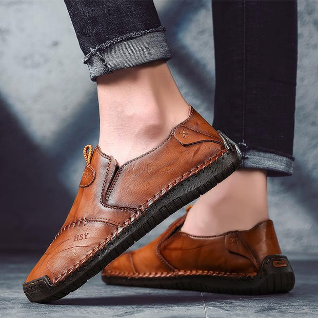 Men Hand Stitching Comfy Soft Sole Round Toe Drivng Casual Leather Loafers