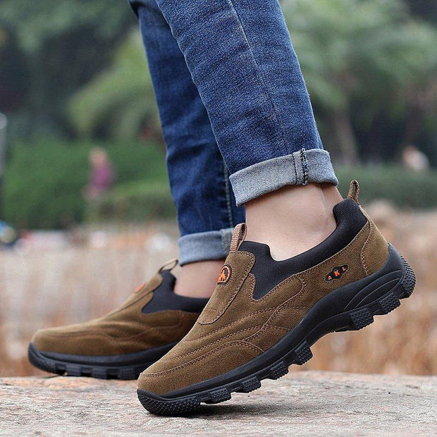 138394 Men's suede non-slip large size causal hiking shoes