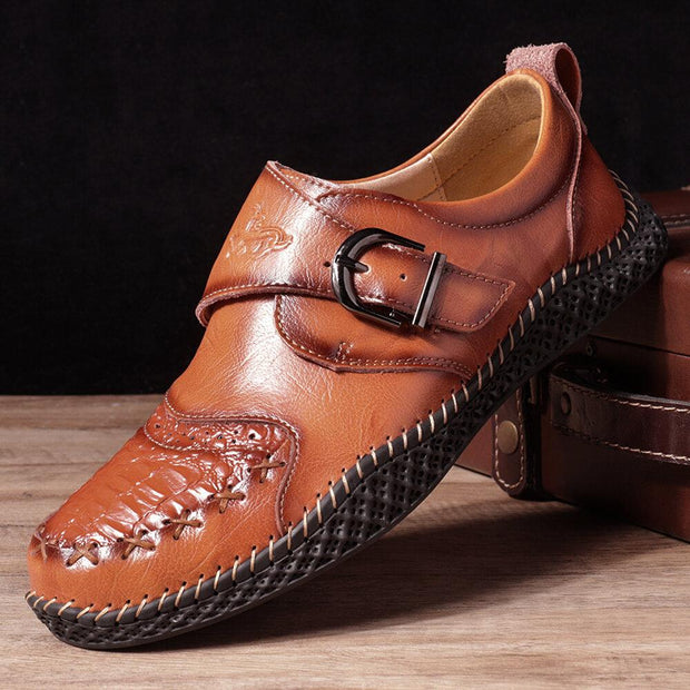 Men Stylish Hand Stitching Crocodile Pattern Hook Loop Leather Shoes