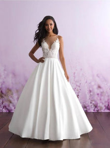 ROMANCE BRIDAL BY ALLURE 3112