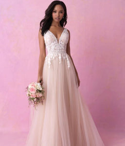 ROMANCE BRIDAL BY ALLURE 3152