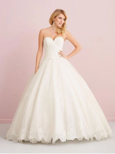 ROMANCE BRIDAL BY ALLURE 2757