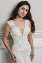 CHRISTINA WU BRIDE COLLECTION 15691