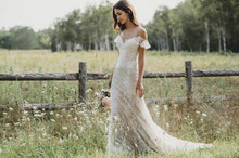 ROMANCE BRIDAL BY ALLURE 3202