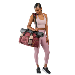 GRAB IT & GO FITNESS TRAVEL DUFFEL BAG- WINE COLORED QUILTED OUTER