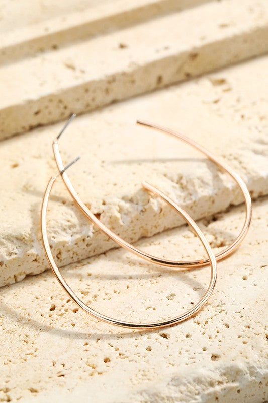 Helsinki Earring Collection: Oblong Hoops