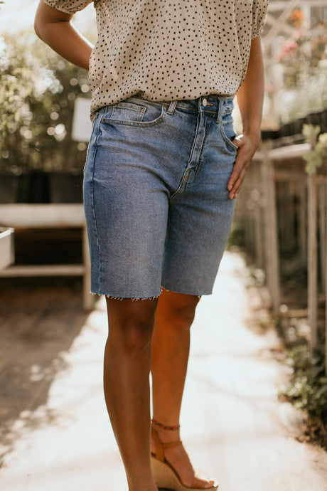 Magnolia Bermuda Shorts in Medium Wash