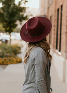Costa Mesa Wide Brim Hat in Rust