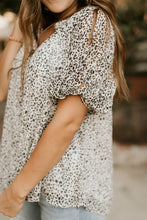 Load image into Gallery viewer, Cheyenne Leopard Blouse