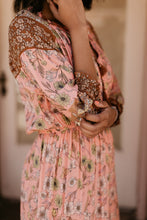 Load image into Gallery viewer, Farmington Floral Maxi Dress