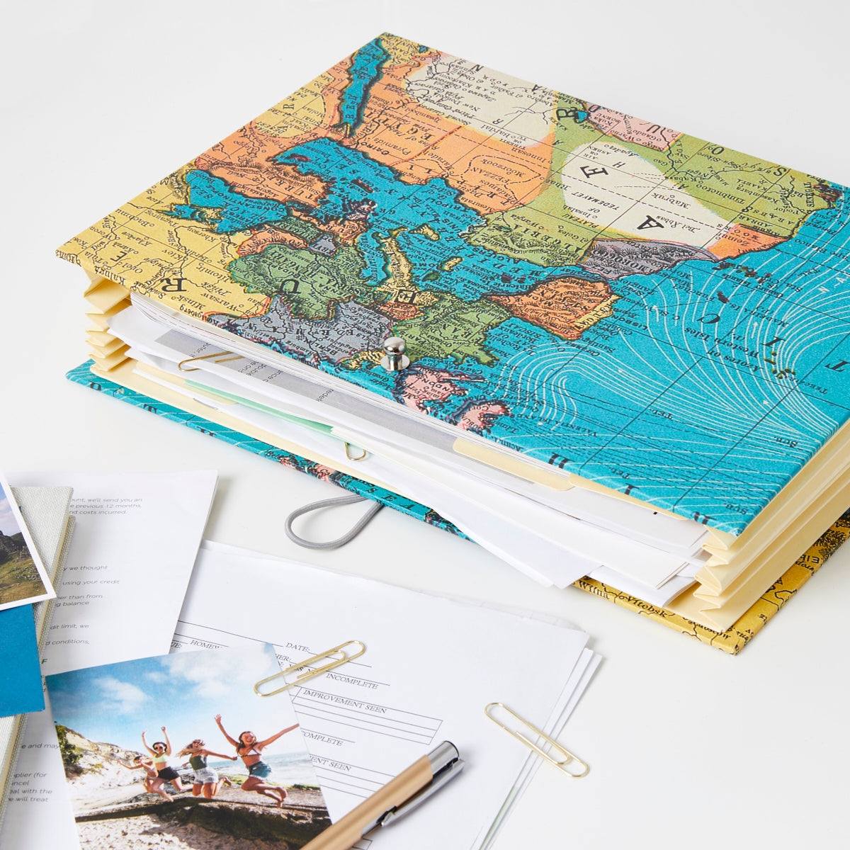 World Map Travel Organiser Planner