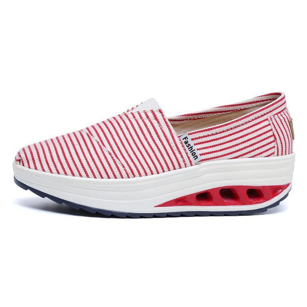 Women's Canvas Shallow Mouth Shake Shoes