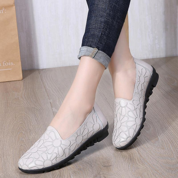 Women's Shoes Autumn New Leather Shoes Embroidered 4 Color Shoes 119415