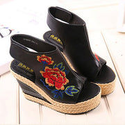 Women Flower Embroidery National Wind Hollow Out Peep Toe Platform Sandals 131057