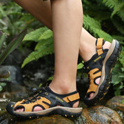 Men Toe Protective Hook Loop Outdoor Closed Toe Leather Sandals