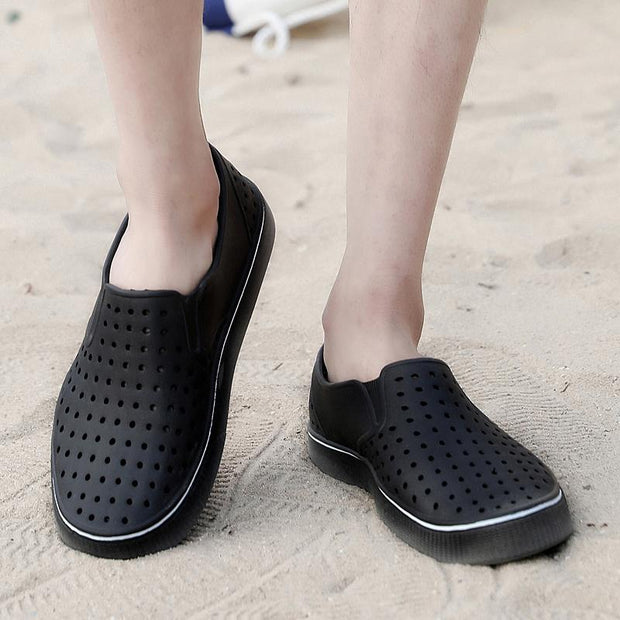 Men Soft Water Garden Shoes Light Weight Beach Sandals