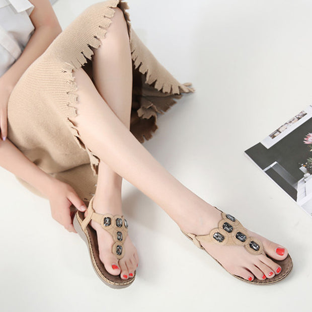 Women European American Style Fashion Trend Women Sandal Solid Color Elegant Rhinestone Design Girls Flat Sole Shoes Summer Sandals
