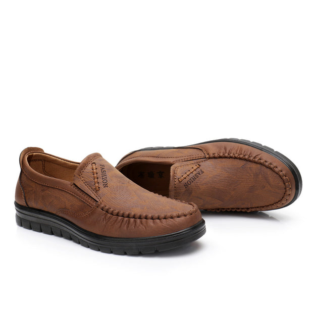Men Large Size Leather Hand Stitching Soft Sole Casual Shoes