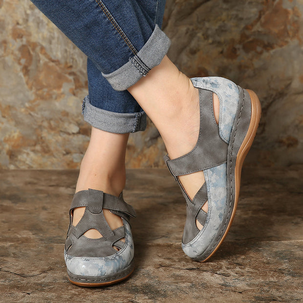 Women Splicing Cross Strap Hollow Out Comfortable Closed Toe Flat Casual Shoes