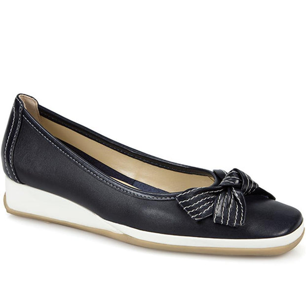 Women's Classic Leather Pump