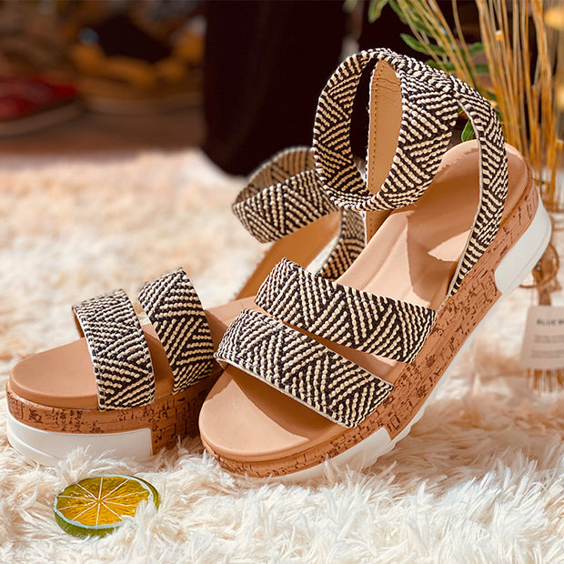 Women's Peep Toe Ankle Buckle Platform Sandals