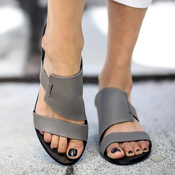 Women's Trendy Slip-On Hollow Summer Flat Sandals
