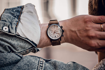 How To Keep An Automatic Watch When You're Not Wearing It