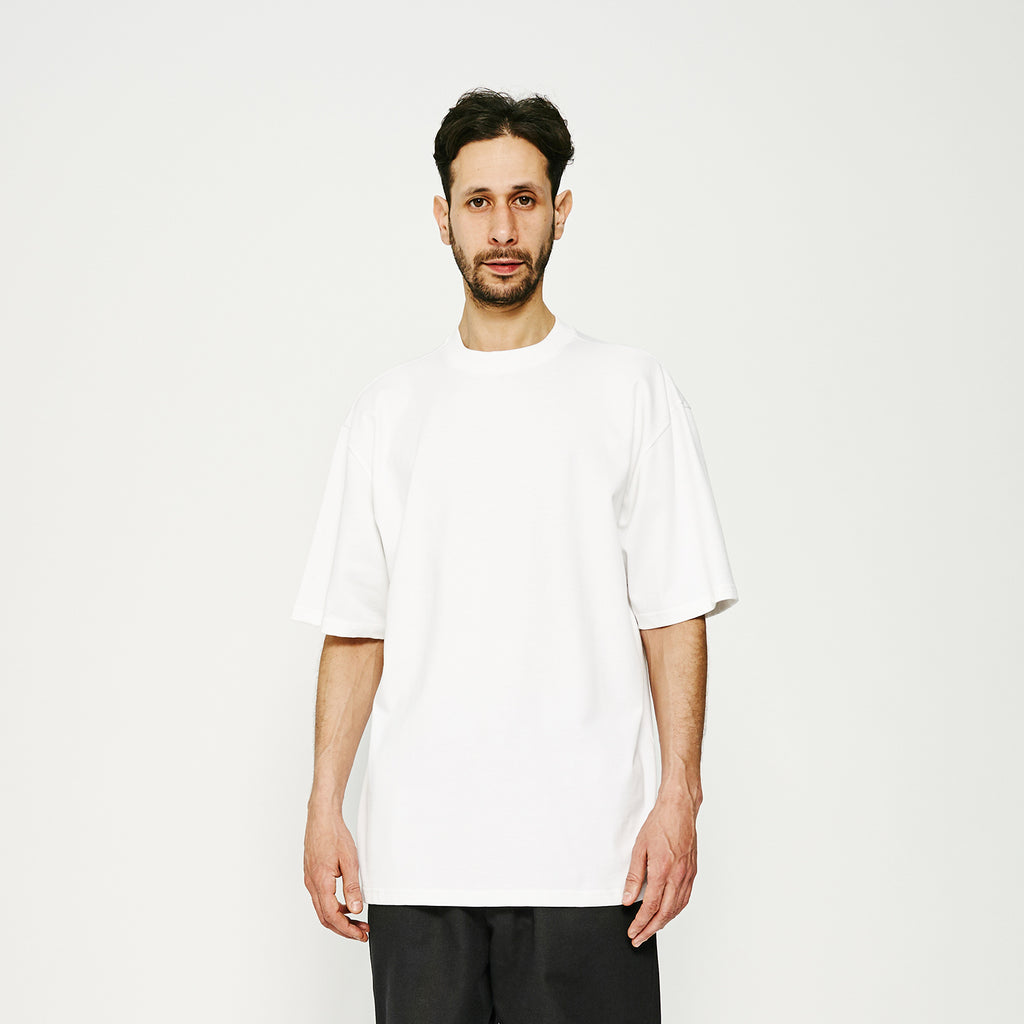 MW Play G Fit Tee / White