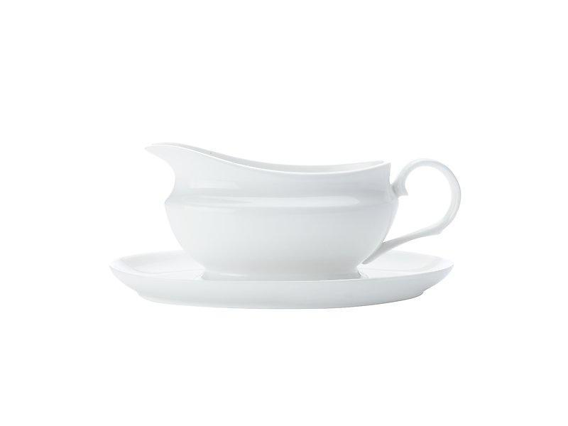 Maxwell Williams White Basics Gravy Boat & Saucer 550ml