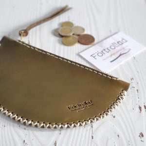 Half moon mini clutch - olive